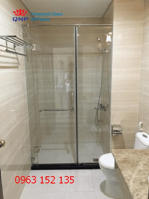Thi công cửa kính cường lực phòng tắm