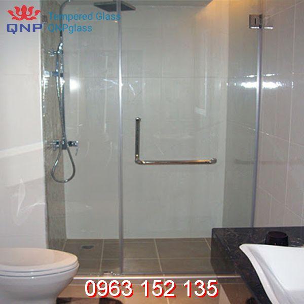 Vách tắm kính cửa lùa có ưu điểm gì vượt trội so với thiết kế khác?
