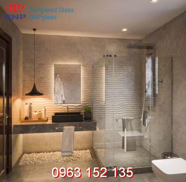 Điểm qua những mẫu bồn tắm đứng vách kính đang thịnh hành