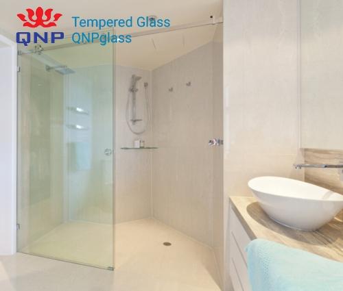 cửa kính cho phòng tắm nhỏ