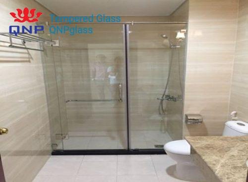 cửa kính cường lực phòng tắm 1